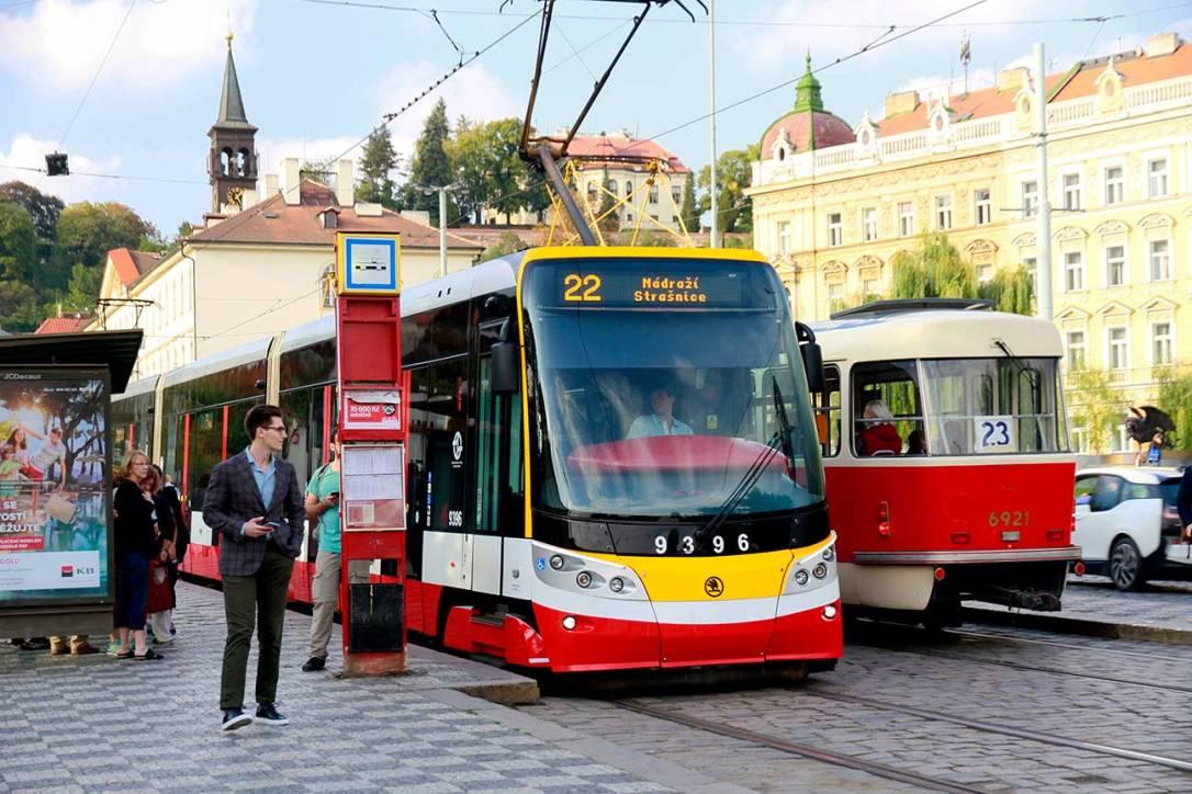 transporte-tranvia-Praga