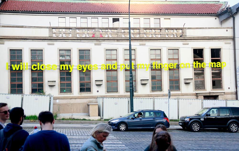 edificio en las calles de Praga