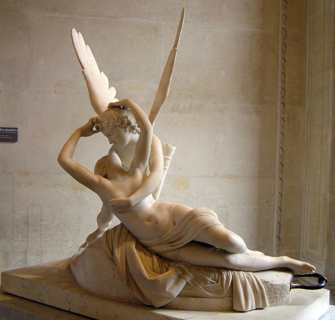 estatua-de-cupido-y-psique-en-el-louvre