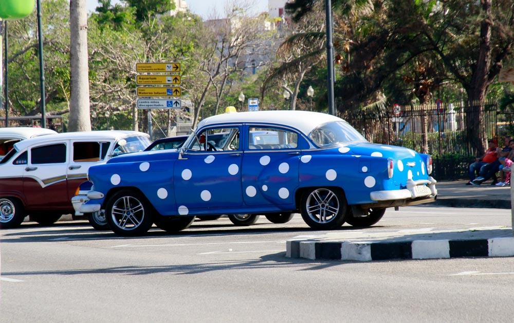 coches-de-colores-llamativos