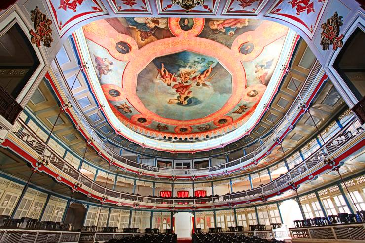 interior-del-teatro-la-caridad.jpg