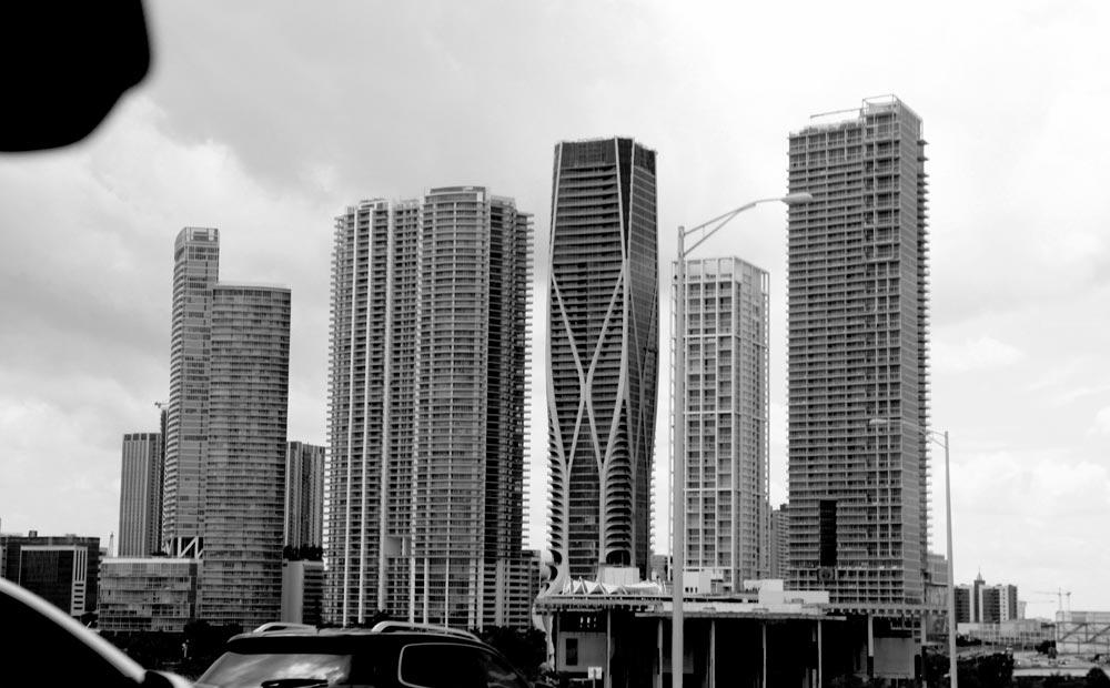 rascacielos-de-down-town-de-miami-usa.jpg