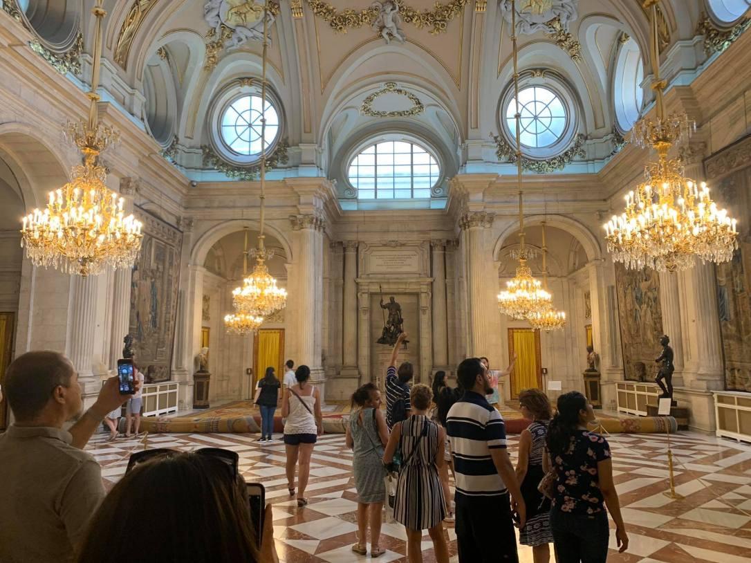 interior-del-palacio-real-de-madrid